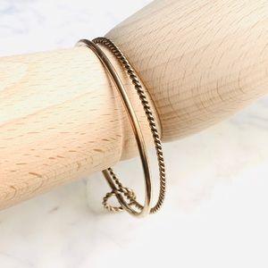 Double ring bracelet